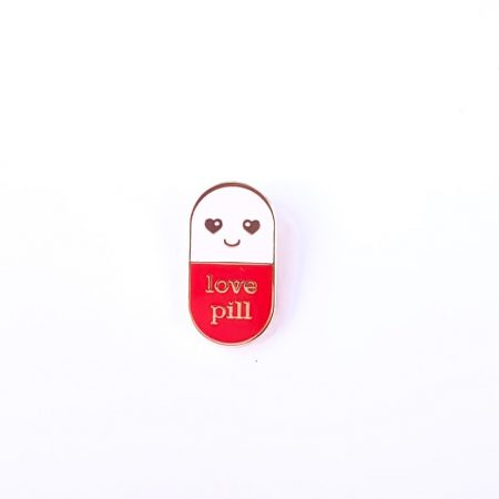 PIN LOVE PILL ROOD/WIT