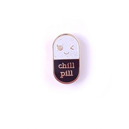 PIN CHILL PILL ZWART GLITTER