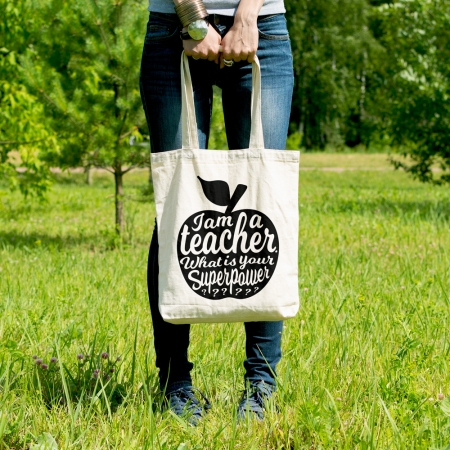I-am-a-teacher-WIT-met-zwarte-appel